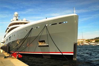 Saint-Tropez superyacht charter